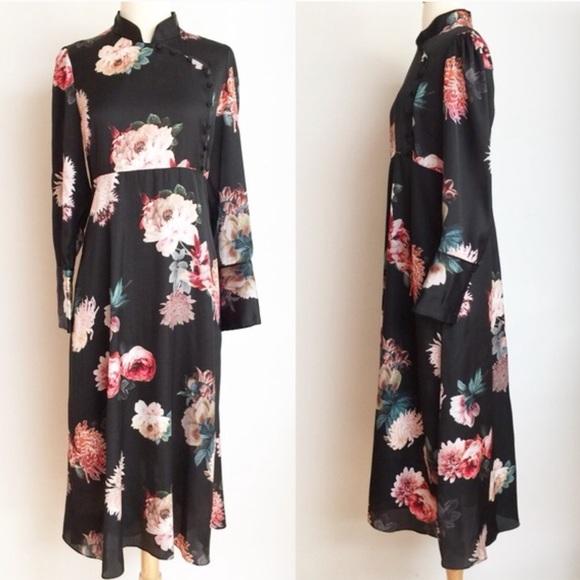 1456296a9 Zara Floral Cheongsam Dress. M_5ae66d0250687c028e9497ec